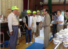 平成26年8月土砂災害における避難所訪問